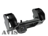 Камера заднего вида AVIS для Suzuki SX4 (в ручке багажника)