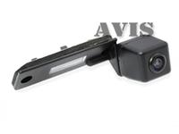 Камера заднего вида AVIS для Volkswagen Caddy (2004-2008), Caravelle, Golf V, Jetta V, Multivan (T5), Passat B6, Passat CC, Phaeton, Touran, Transporter